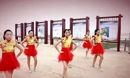 滨海美女版 小苹果广场舞视频